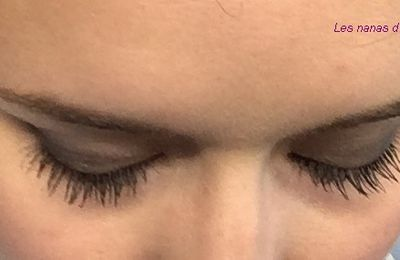 Tutoriel avec la Boudoir eyes de Too Faced