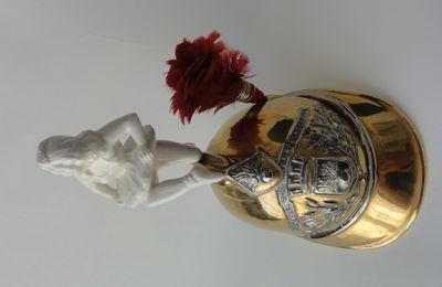 faience de saint Clément casque de pompier et ballerine , plaque sapeurs pompiers de longchamp