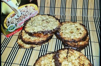 Dubbla chokladflarn (traduisez biscuits avoine chocolat comme chez Ikéa)