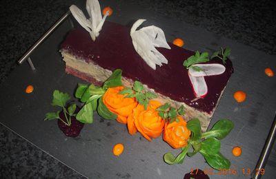 Pressé de foie gras gelée betterave et mûre