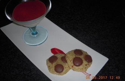Panna cotta vanille coulis framboise