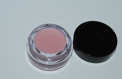 Le make up rose