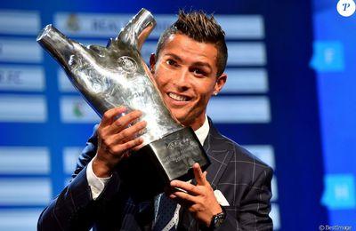 """Cristiano Ronaldo traité de """"pédé"""" par un adversaire : sa réponse cash !"""