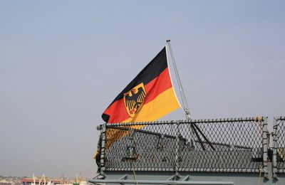 German Navy vessels make port call in Angola