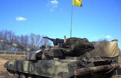 Ukraine: Kiev et séparatistes prorusses assurent avoir commencé à retirer les chars de la ligne du front