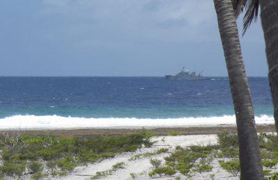 FANC-FAPF : L'Arago en mission de soutien dans les archipels des Tuamotu et des Gambier
