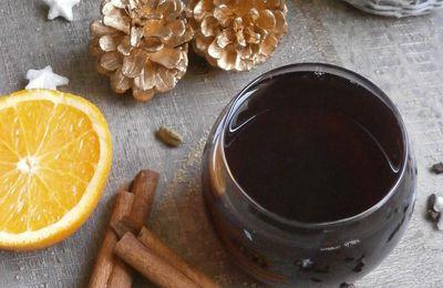 Jus de raisin chaud épicé comme un vin chaud ~ Boisson de Noël ~