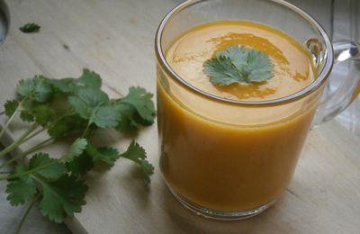 Velouté de lentilles corail, carottes & curry
