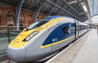 Prendre un train en Angleterre
