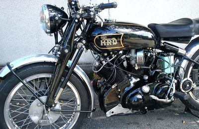 1000 Vincent Black Shadow
