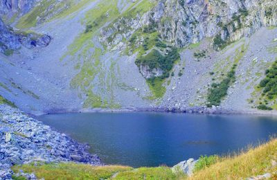 LAC DE CROP - MASSIF DE BELLEDONNE - 38 -  . . .