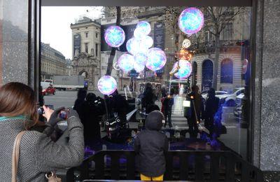C'est Noël à Paris, au Printemps et aux Galeries Lafayettes (5 photos)