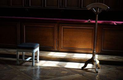 Au presbytère.
