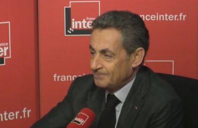 Sarkozy crache sur les enseignants ! Encore une fois !