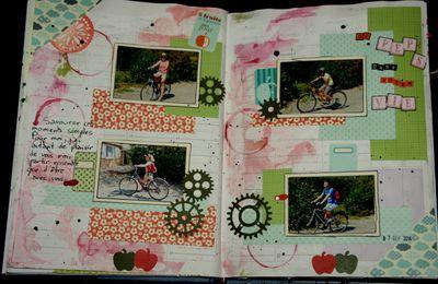 page de l'album façon art journal. du peps dans votre vie