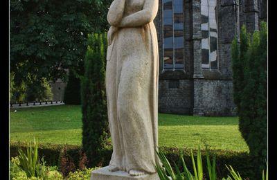 """Marceline, surnommée  """"Notre-Dame des Pleurs"""".. et la Porte de Valenciennes..."""