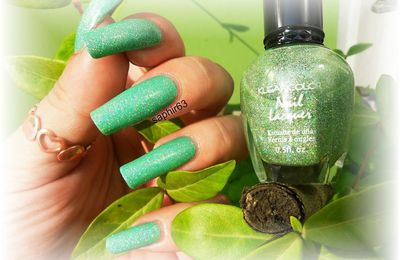 vernis kleancolor 136 holo green