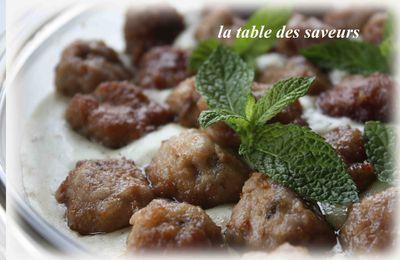 Boulettes d'agneau sauce menthe