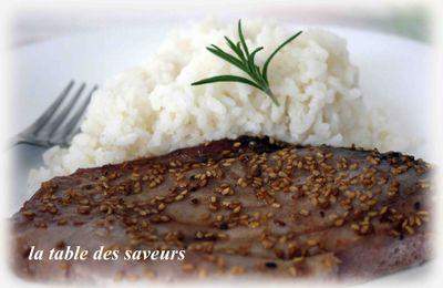 Thon sauce soja, miel et sésame et riz blanc