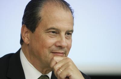 Élection législative partielle dans le Doubs : Une victoire et deux urgences.