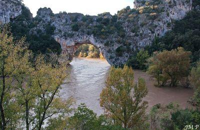 La Grotte Chauvet va-t-elle conserver son nom ?