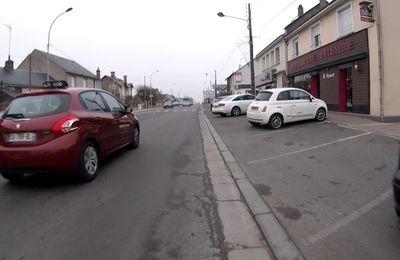 """A vélo, de Blois à la Chaussée-Saint-Victor ou comment s'insérer dans la circulation sans être """"encastré"""" entre deux motorisés !"""