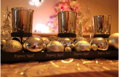 Enfin la table de Noël + Sapin et côté cheminée....