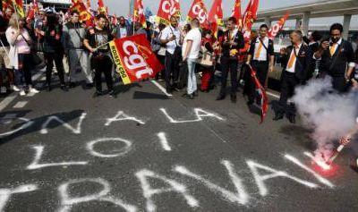 Loi travail XXL. Moins de droits pour les salariés, plus de pouvoirs pour les employeurs !