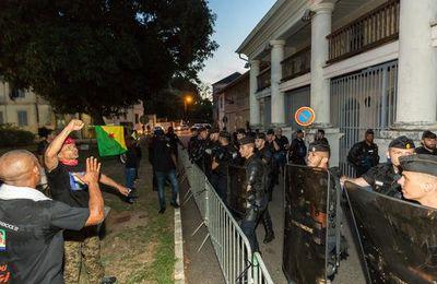 Emmanuel Macron provoque la colère des Guyanais !