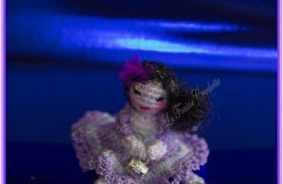 Catalina, petite poupée miniature