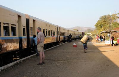Rêveries birmanes (7) : le Mandalay Express