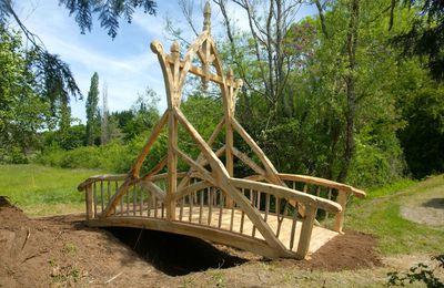 A partir d'aujourdhui, nous pouvons dire que nous faisons des ponts!