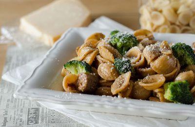 Orechiette au brocoli & à la saucisse italienne