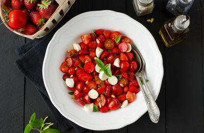 Salade de tomates, mozzarella... & fraises!