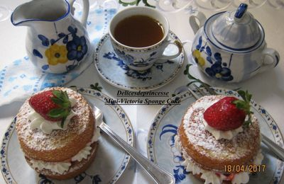 MINI VICTORIA SPONGE CAKES/TEA TIME CHALLENGE #1