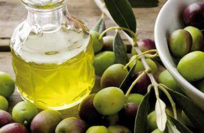 Tunisie-Les recettes d'exportation d'huile d'olive devront dépasser 18 milliards de dinars en 2015