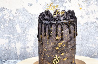 Layer Cake Black & Gold