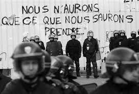 Le gouvernement de la bourgeoisie continue à nous faire payer la crise! Développons l'Unité des travailleurs et travailleuses!
