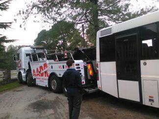 Remorquage et enlèvement du car du collège - Jeudi 9 février 2017