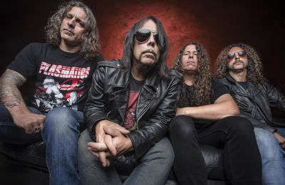 MONSTER MAGNET on tour with BOMBUS