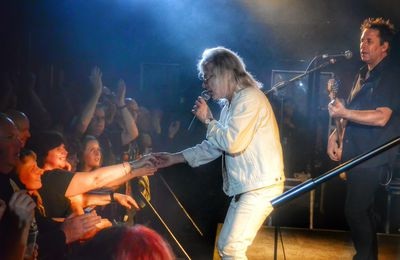 Live review MAGNUM/VEGA, The Waterfront, Norwich, 16.05.2016