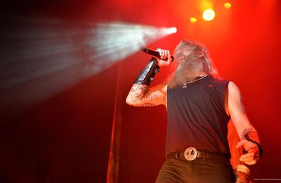 Live review AMON AMARTH / TESTAMENT / GRAND MAGUS, 013, Tilburg, 06.11.2016