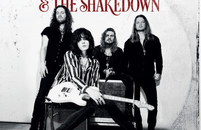 "CD review TYLER BRYANT & THE SHAKEDOWN ""Tyler Bryant & The Shakedown"""