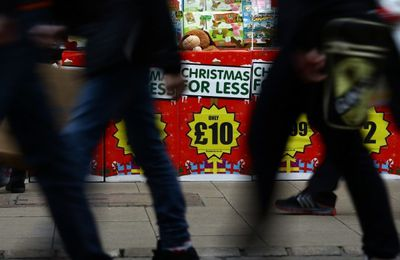 Security and Risk Online - Online scams cost Christmas shoppers over £10m last year
