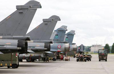 Des Mirage 2000C et 2000-5F relèvent les Rafale en Pologne