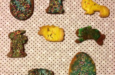 Petits biscuits de Pâques par Alice et Maëlle (2ans et demi)
