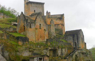 Château de Commarque (24620 Les Eyzies-de-Tayac-Sireuil)