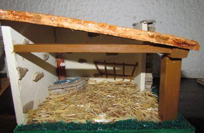 expo a castries santons et crêches du 14 dec au 22 gualerie des halles pierre subias et ses crêches provencales