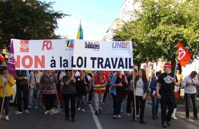 Mobilisation en légère baisse mais des manifestants déterminés contre les ordonnances