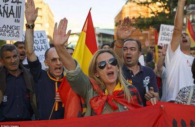CATALOGNE : FACE AU RÉVEIL DE L'ESPAGNE NATIONALE, LES INDÉPENDANTISTES PERDENT DE LEUR SUPERBE, MAIS…